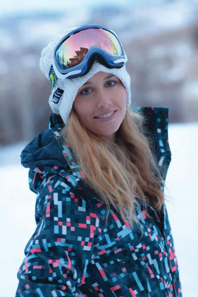 sladics2Chanelle Sladics Snowboarding