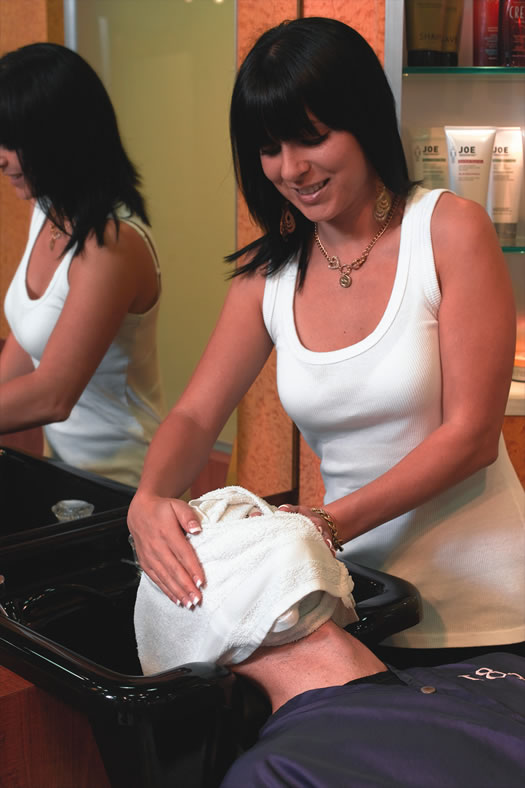 18 8 Salon Tamera hot towel cmyk