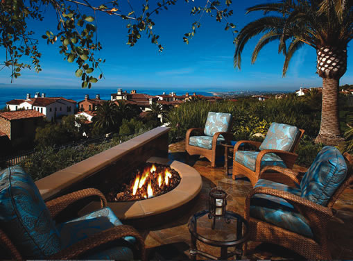 Fire pits make it easy for home cooks to enjoy a break between whipping up meals.