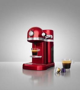 CB_Nespresso_01_CNDYAPL_RED