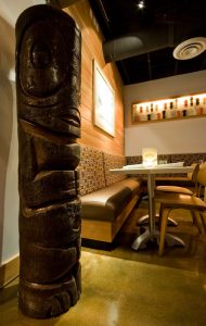 Couples can enjoy late night drinks at Hula's Modern Tiki in nearby Phoenix.